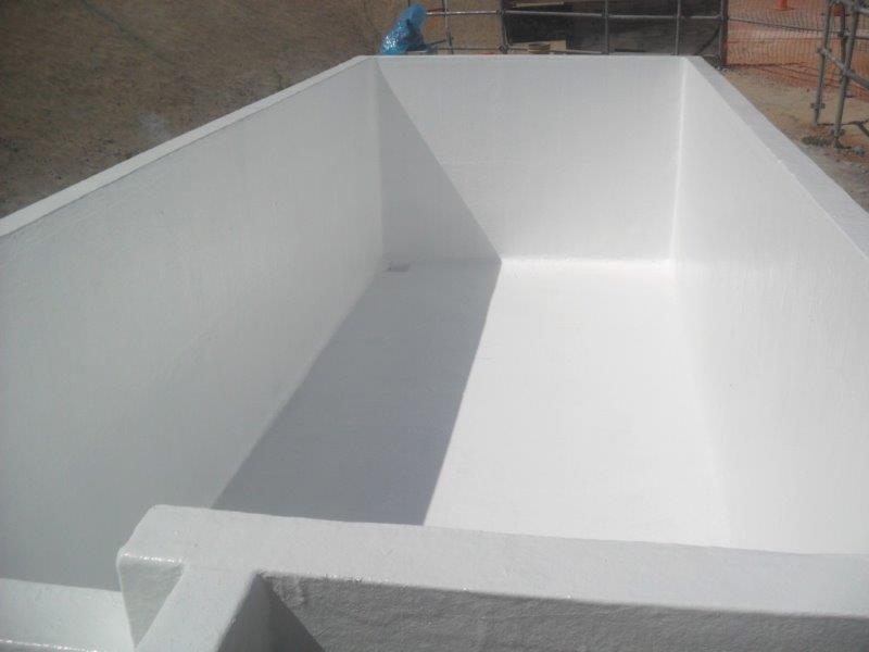 Revestimento de tanque em fibra de vidro